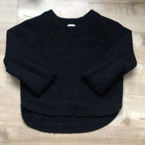 Aritzia Sweaters - Aritzia Wilfred Crop Sweater